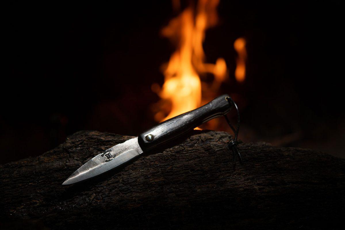 Couteau-Morta-mini-brut-de-forge